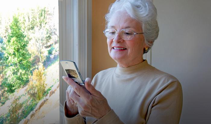 Телефон для пожилого человека, выбор